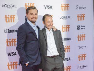 Leonardo DiCaprio y Fisher Stevens